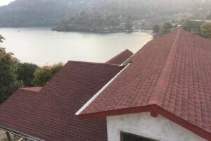 Rs 5 crore – 11.5 nali land with a Cottage in a premium location in Bhimtal